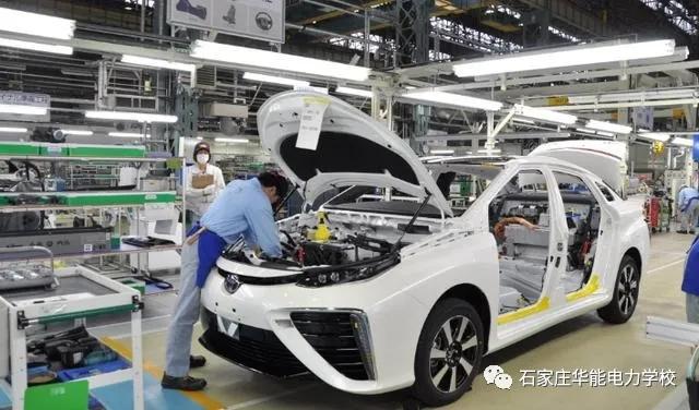 学汽车制造与检修,就到石家庄华能电力中等专业学校!